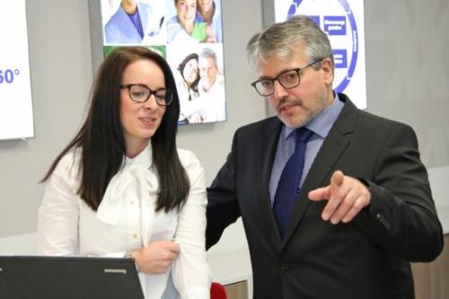AXA Versicherung  Filder Finanz-GmbH - Bild 3
