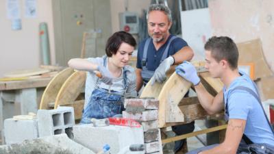 Jugendarbeitsschutzgesetz: Arbeitsbedingungen von Jugendlichen - BERATUNG.DE