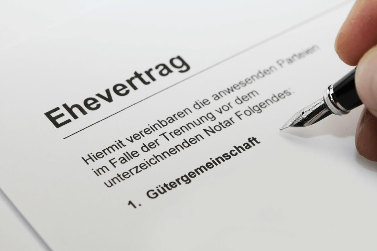 Gütergemeinschaft – Das Vermögen der Ehepartner wird zum gemeinsamen Gut - BERATUNG.DE