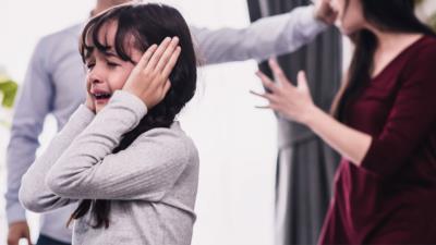 Häusliche Gewalt – Wie kann man sich und andere schützen? - BERATUNG.DE