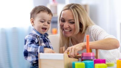 Mutter-Kind-Heim: Hilfe in Mutter/Vater-Kind-Einrichtungen - BERATUNG.DE