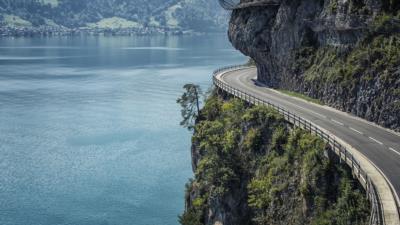 Autofahren in der Schweiz: Diese Tipps sollten Sie beachten! - BERATUNG.DE