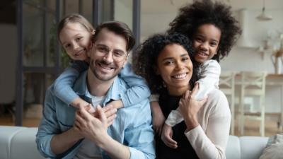 Sukzessivadoption – Wenn der Partner ein adoptiertes Kind adoptiert - BERATUNG.DE