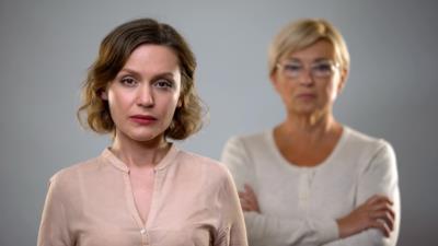 Enterben: Gründe, Vorgehen, Pflichtteil & mehr - BERATUNG.DE