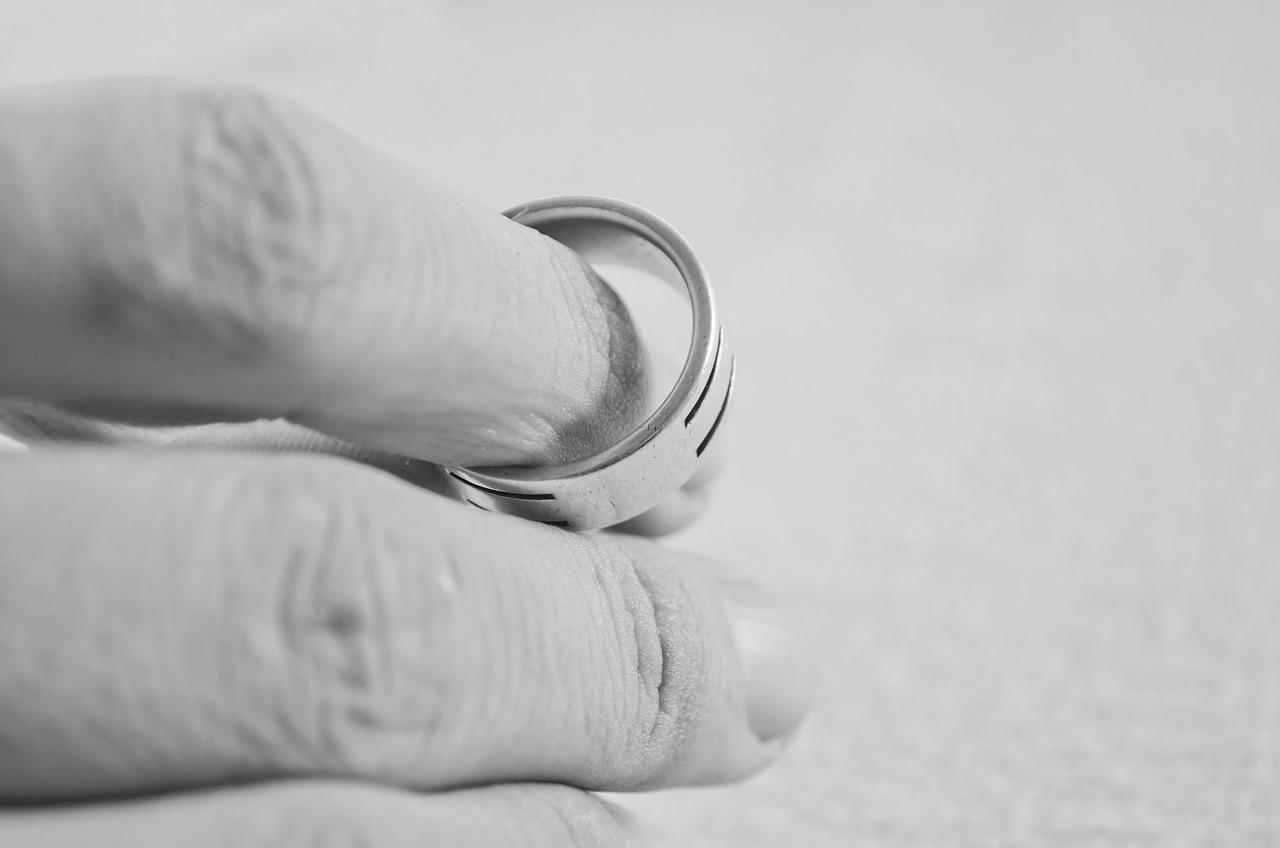 Ehe annullieren – Alle Details zur Aufhebung einer Ehe - BERATUNG.DE