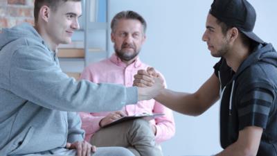 Kinder- und Jugendhilfe – Ziele, Aufgaben & Angebote - BERATUNG.DE