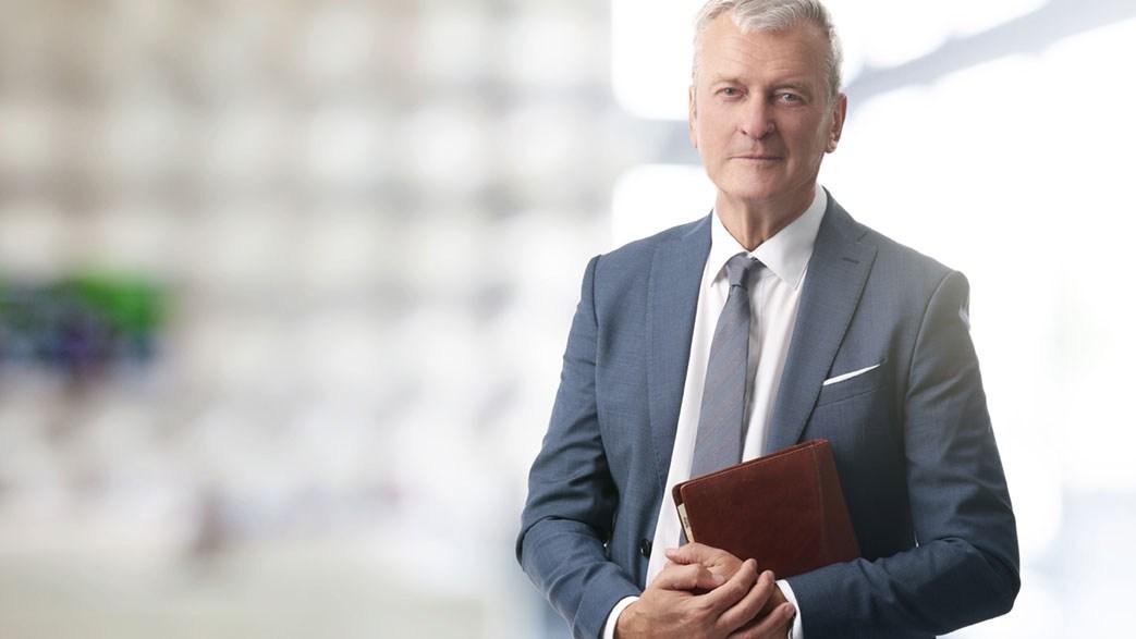 AltText: Anwalt Familienrecht in der Kanzlei: Einen guten Anwalt für Familienrecht in der Nähe finden.