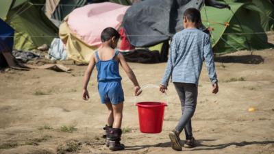 Flüchtlingskind aufnehmen: Voraussetzungen, Ablauf & mehr - BERATUNG.DE