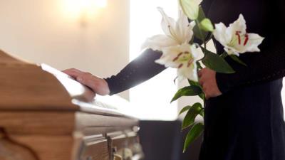 Checkliste Todesfall – Diese Dinge sollten Sie erledigen - BERATUNG.DE