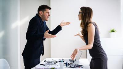 Verhaltensbedingte Kündigung: Gründe und Voraussetzungen - BERATUNG.DE