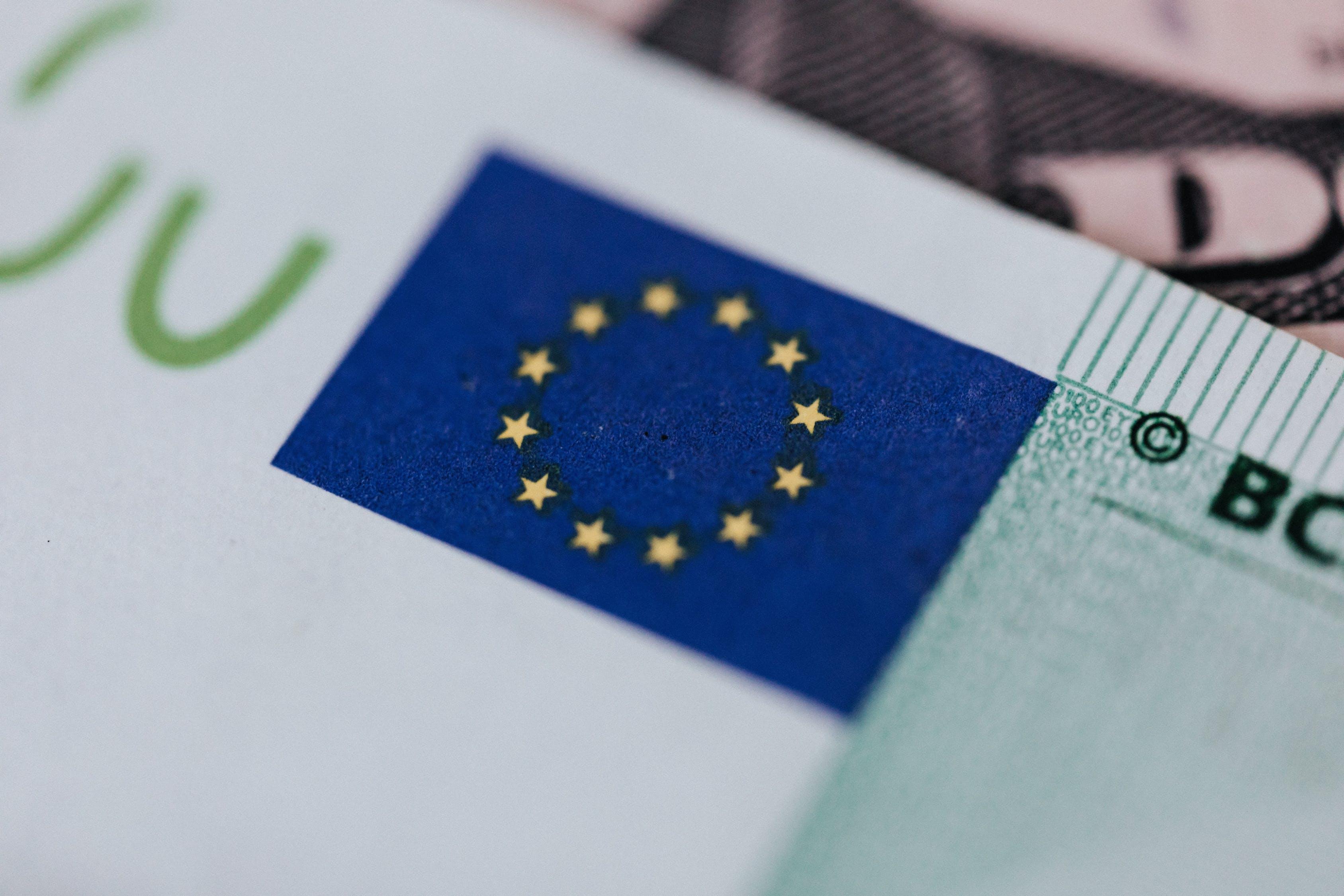 Vergütung im Arbeitsrecht: das Wichtigste für Arbeitnehmer und Arbeitgeber auf einen Blick - BERATUNG.DE
