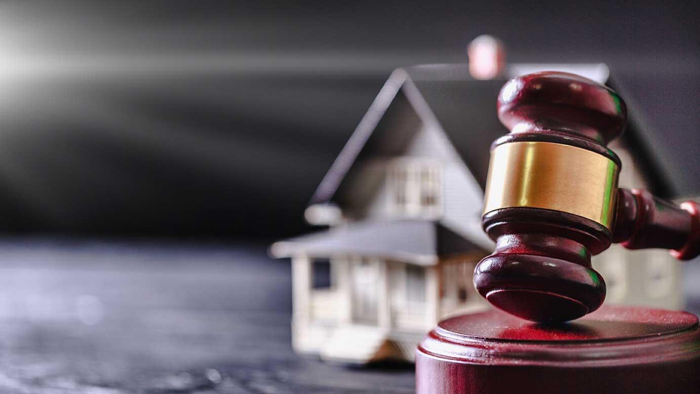AltText: Erbauseinandersetzungsklage für Haus bei Gericht einbringen